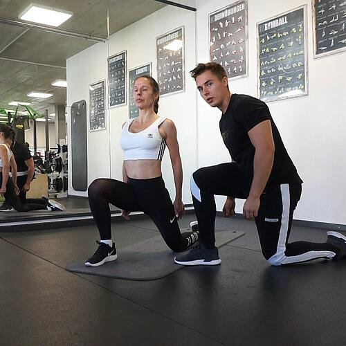 it in den Tag in nur 9 Minuten - mit Personal Trainer Chris